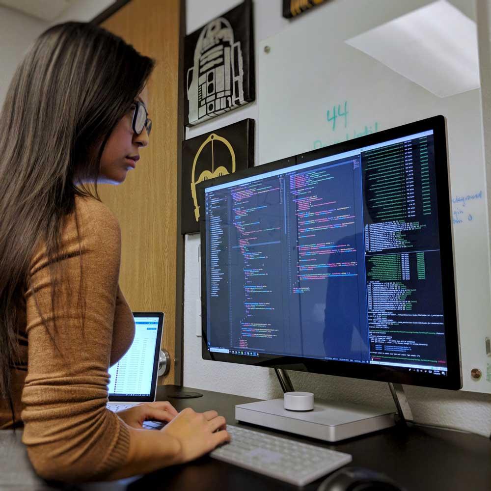 آشنا با شغل برنامه نویسی برای زبان جاوا اسکریپت