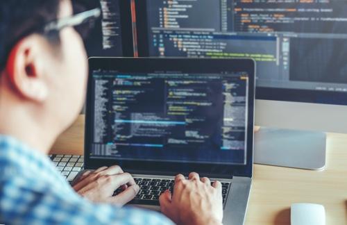 شغل برنامه نویسی را بیشتر بشناسید