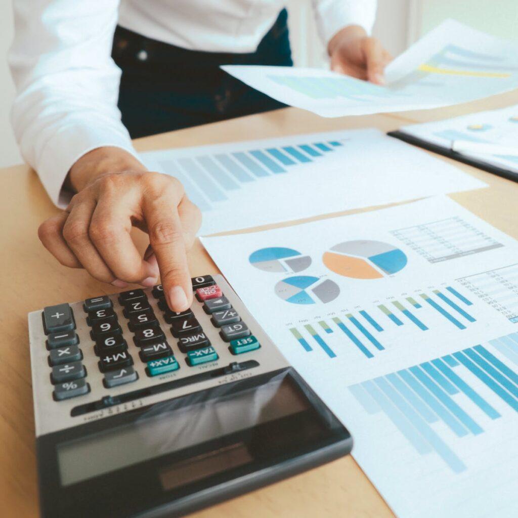 خودتان را برای هزینههای خارج از بودجه محدود کنید