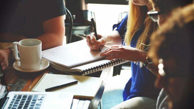 چگونه مشاور مالی شویم؟