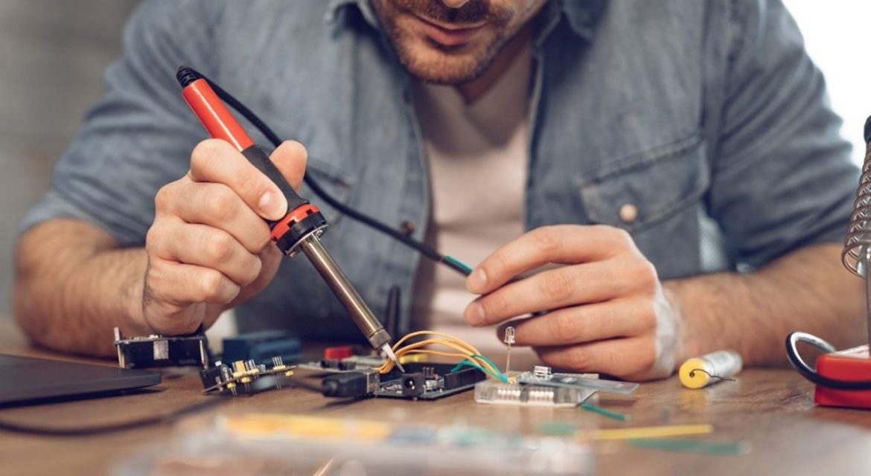 بازار کار رشته مکاترونیک و آینده شغلی مهندس مکاترونیک