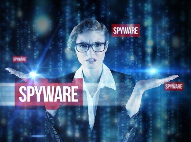 جاسوس افزار چیست و چگونه از آن جلوگیری کنیم