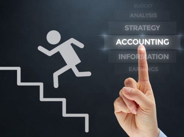 مزایا و معایب شغل حسابداری
