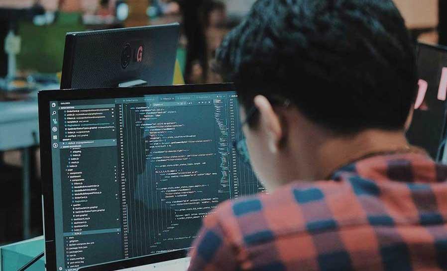مسیر شغلی برنامه نویسی پایتون