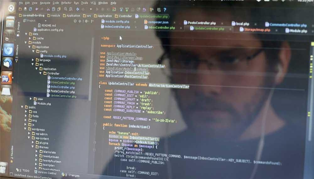 مختصر تعریفی از برنامه نویس جنگو