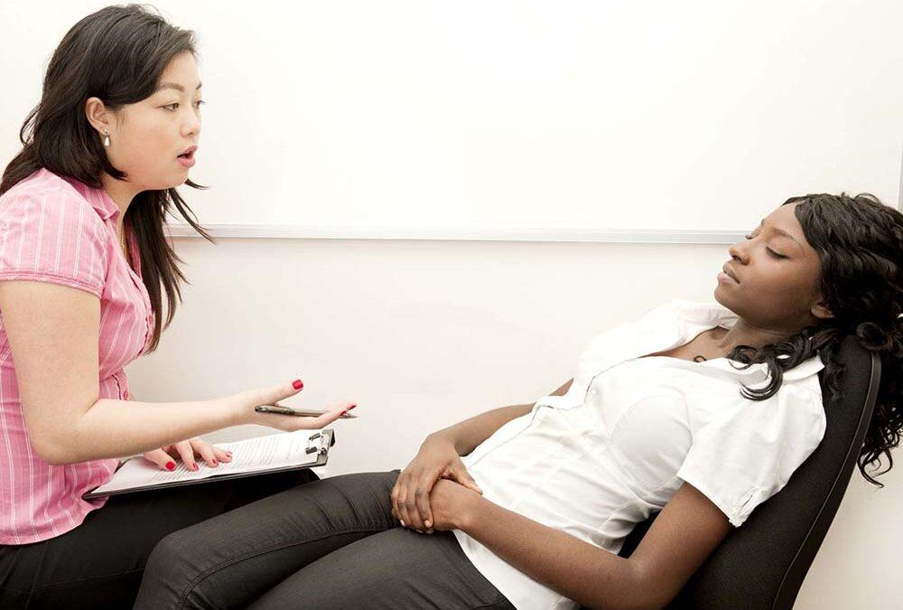 همه چیز درباره هیبنوتیزم درمانی
