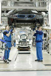 مکاترونیک در صنعت خودرو