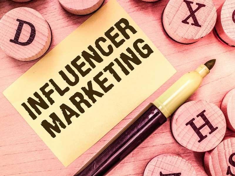 اینفلوئنسر مارکتینگ یا بازاریابی تاثیرگذار چیست؟